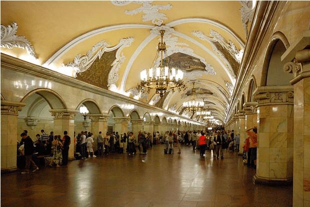müzeyi-anımsatan-moskova-metrosu-11