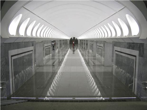 müzeyi-anımsatan-moskova-metrosu-14