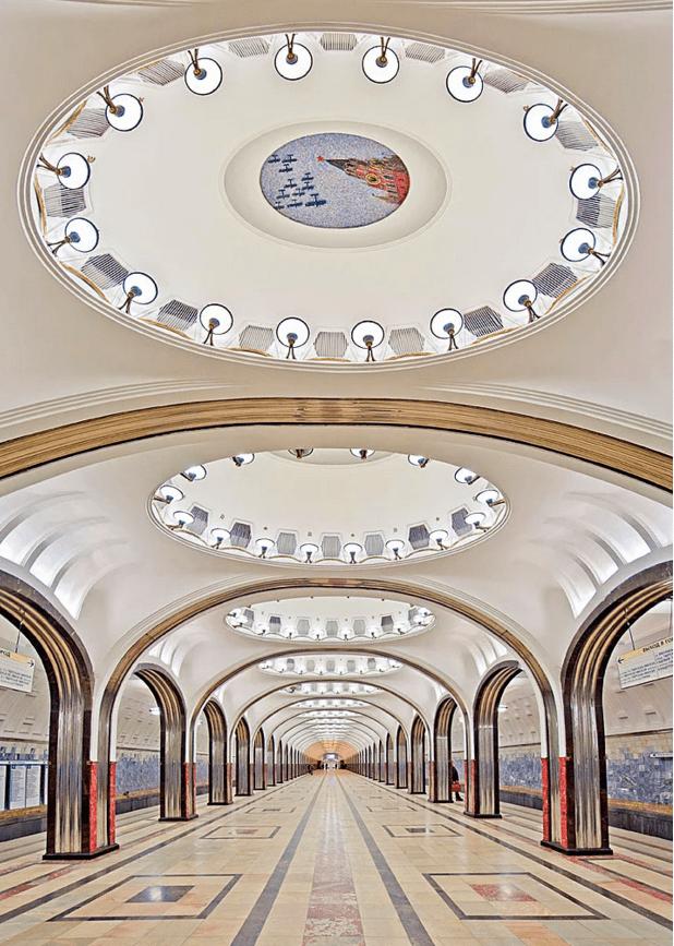 müzeyi-anımsatan-moskova-metrosu-3