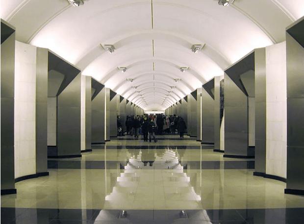 müzeyi-anımsatan-moskova-metrosu-7