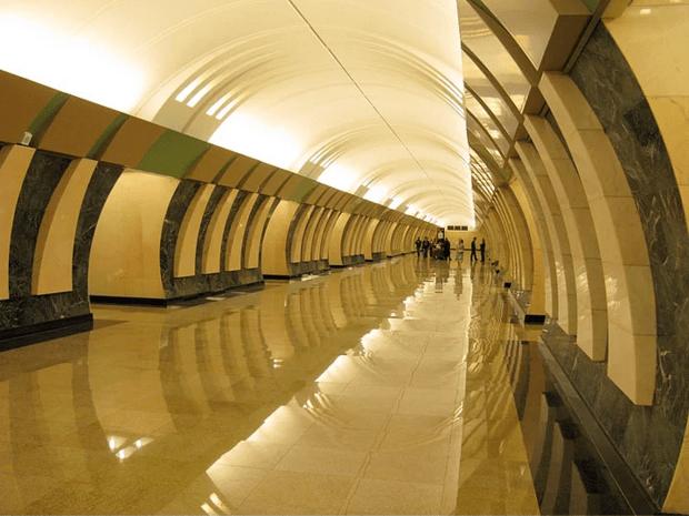 müzeyi-anımsatan-moskova-metrosu